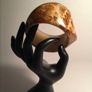 Jewelry - LUCITE BRACELET